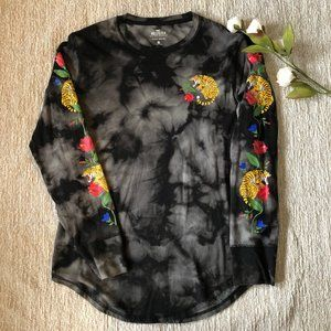 Hollister Tiger Design Must Have Collection tsh XS